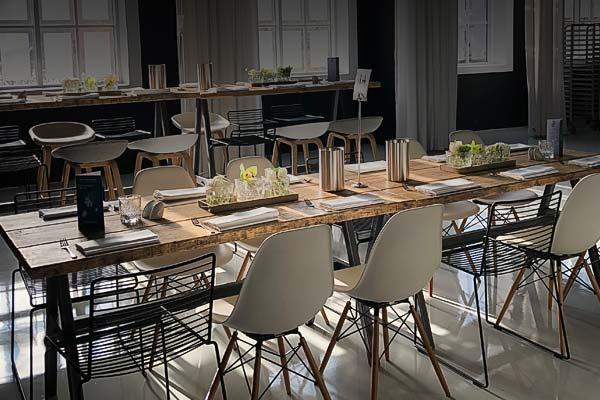 Sinnesfreunde Catering München Mobiliar Tische Stühle