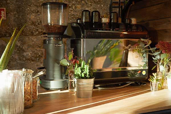 Sinnesfreunde Catering München Ausstattung Siebträgermaschine Dekoration Fullservice