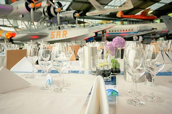 Sinnesfreunde Catering München Business Event Flugwerft Schleißheim Location Dekoration