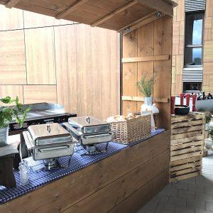Sinnesfreunde Catering München Dekoration Buffet Marktstand