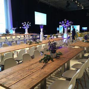 Sinnesfreunde Catering München Dekoration Tische Stühle Mobiliar Business Event