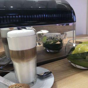 Sinnesfreunde Catering München Latte Macchiato Kaffee Siebträgermaschine Bar