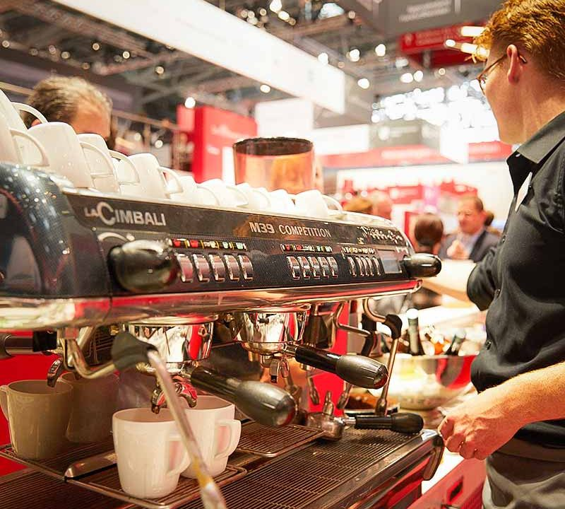 Sinnesfreunde Catering München Messe Expo Real Bar Barista Kaffee Siebträgermaschine