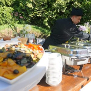Sinnesfreunde Catering München Privat Garten Party Buffet Köche Dekoration Speisen