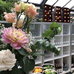 Sinnesfreunde Catering München Hochzeit privat Bar Getränke Gläser Geschirr Mobiliar Dekoration Location