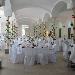 Sinnesfreunde Catering München Hochzeit Privat Dekoration Mobiliar Stuhl Tisch Location